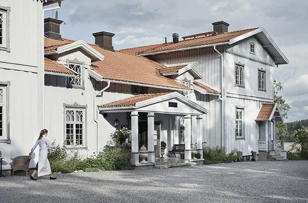 Från den 1 augusti i år är Malin och Niklas Hellsing nya ägare till Wreta Gestgifveri i Ålberga. Paret Hellsing har från år 2006 drivit Gryts Varv Hotell & Konferens i Gryt och sedan januari 2015 driver man även restaurang Köket Hellsing i Norrköping.
