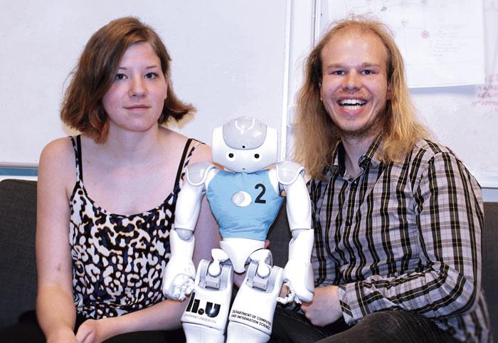 Sofia Thunberg, Roboten Merida och Fredrik Löfgren.