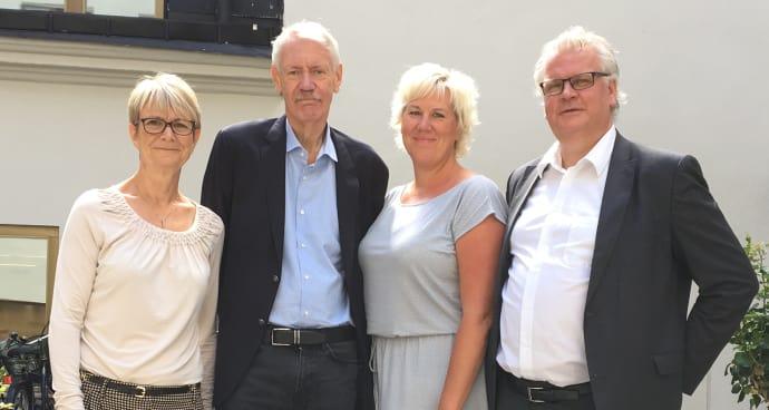 Avtal klart mellan Linköpings kommun och Sverigeförhandlingen Från vänster: Catharina Håkansson Boman och HG Wessberg, Sverigeförhandingen, samt kommunalråden Kristina Edlund (S) och Paul Lindvall (M).