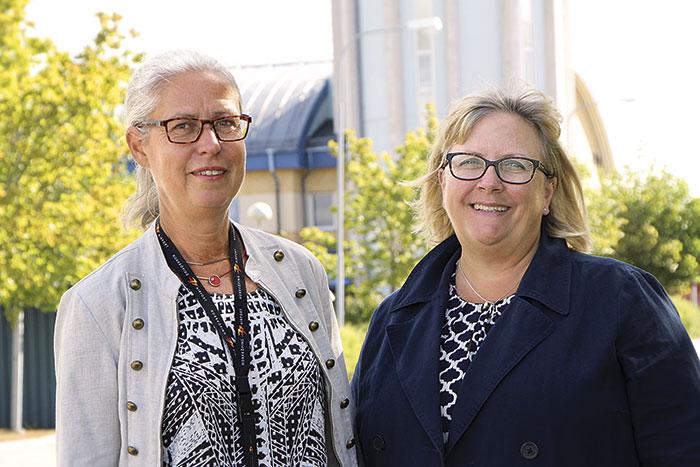 Både Mari och Camilla talar om flygplatsernas viktiga uppgift att vara en välkomnande dörr in till regionen.