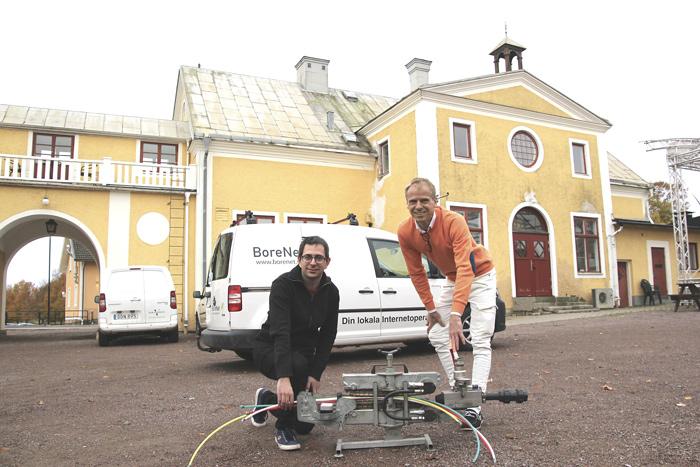 Georgios Tziolas och Esbjörn Johansson är duon bakom BoreNet som skördat priser för sitt engagemang som företagare.
