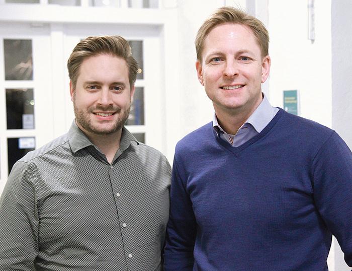 David Björkevik, vice vd och mjukvaruutvecklare samt Teodor Hovenberg, vd på växande startuppföretaget Envista AB har utvecklat ett digitalt analysverktyg som hjälper större fastighetsägare att prioritera rätt fastigheter i energibesparingsarbetet. Foto: Per Oddman