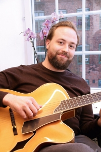 Proguitar_Johannes-larsson