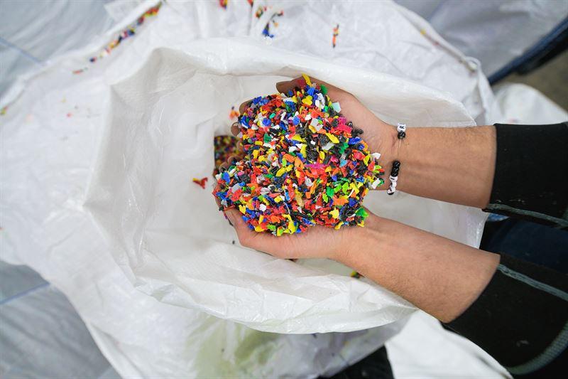 1 400 ton återvunna korkar blir kabeltrummor Fotograf: Crelle fotograf