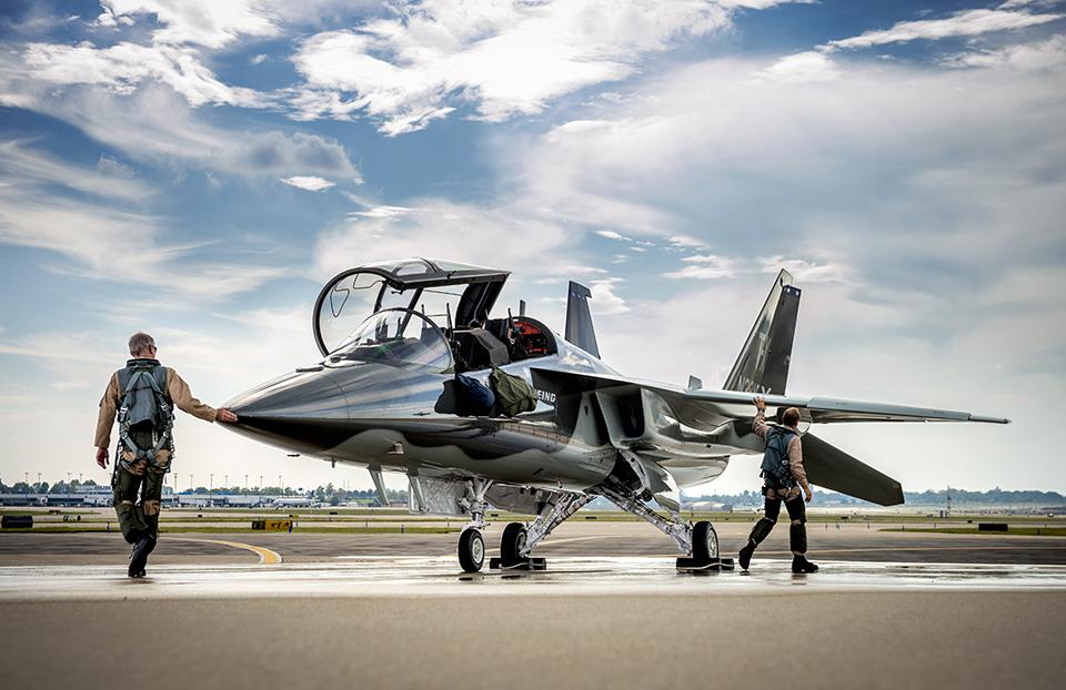 Amerikanska flygvapnet väljer skolflygplanet T-X från Saab och Boeing T-X  Rollout Event_Darrell Davis_Marketing Tarmac Shots, Bldg 75 Ramp,STL Event_MCF16-0060 Series_RMS#302077_09/13/2016