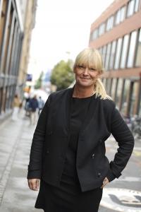 Annelie Norberg i märkesbacken på Campus Norrköping.