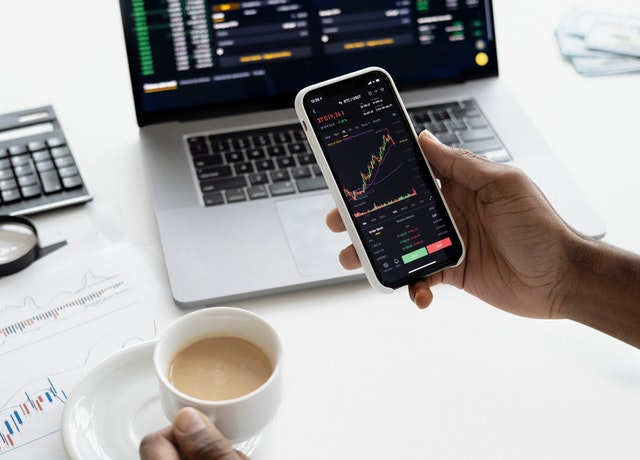 Lär dig mer om & investera i börshandlade fonder (ETF:er)